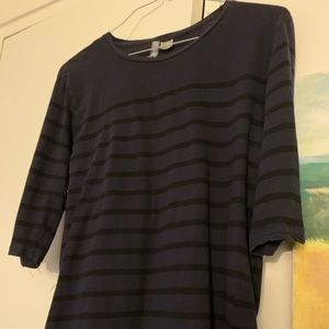 H&M Divided 3/4 Sleeve Navy Top with Black Stripes